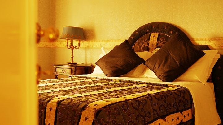 bed and breakfast by the pantheon rome